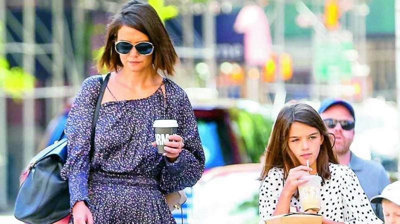 Katie Holmes was spotted the first time after her rumoured split from longtime BF Jamie Foxx, as she walked with daughter Suri.