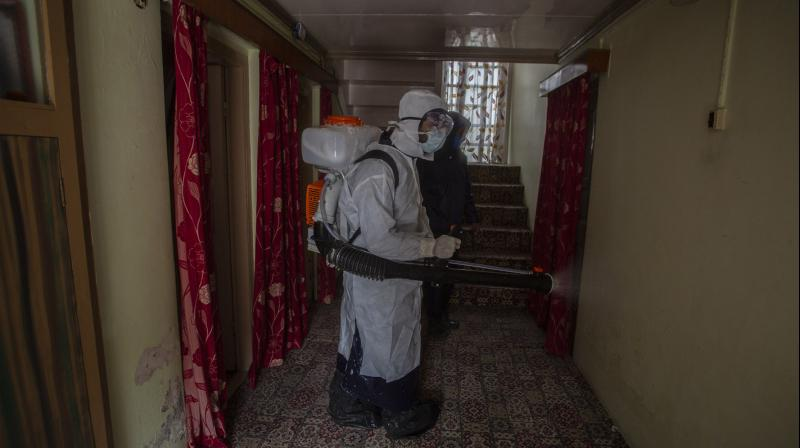 Why are so many fleeing quarantine in Kashmir?