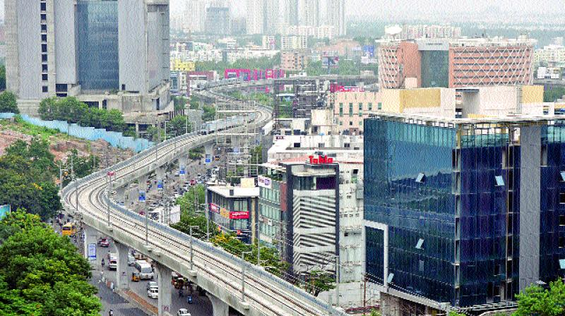 An aerial view of the Metro rail stretch from Cyber Towers to Mindspace junction. However, the trains are not reaching the Mindspace junction as the works are yet to be completed. Instead, they are reversing half-way. (Photo: DC)
