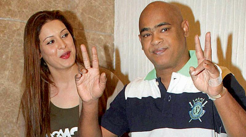 Vinod Kambli's wife Andrea Kambli hits singer Ankit Tiwari's father
