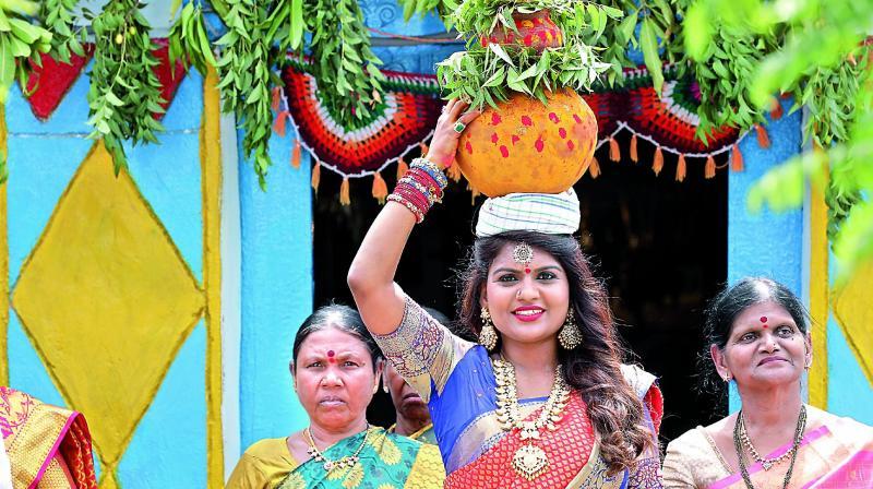 Kathi Karthika celebrating Bonalu