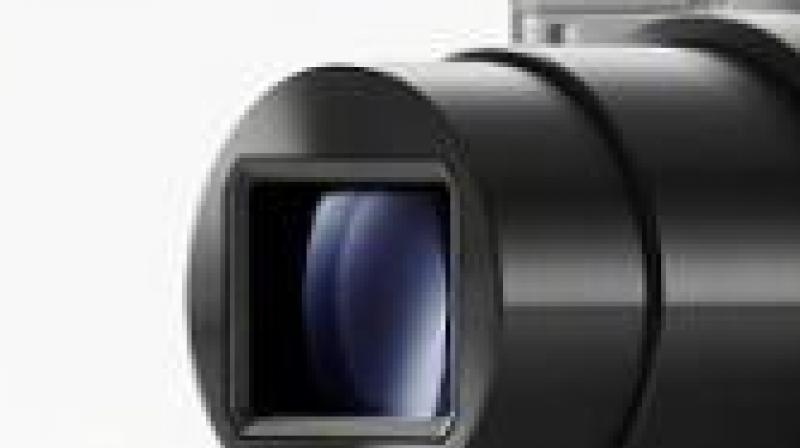 OPPO's 10x Hybrid Zoom is an industry-first technology with a triple-lens camera structure consisting of a telephoto lens, a 120-degree ultra-wide-angle lens, and a 48MP main camera. With all the three lenses, the 10X Hybrid Zoom technology can cover broad focal lengths of 16mm-160mm. ensuring high-quality long-distance shots. (representational image)
