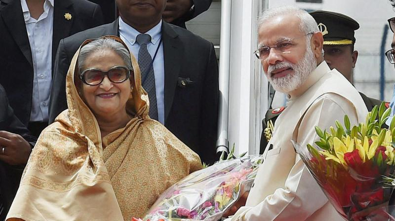 PM Narendra Modi with Bangladesh PM Sheikh Hasina.(Photo: PTI)