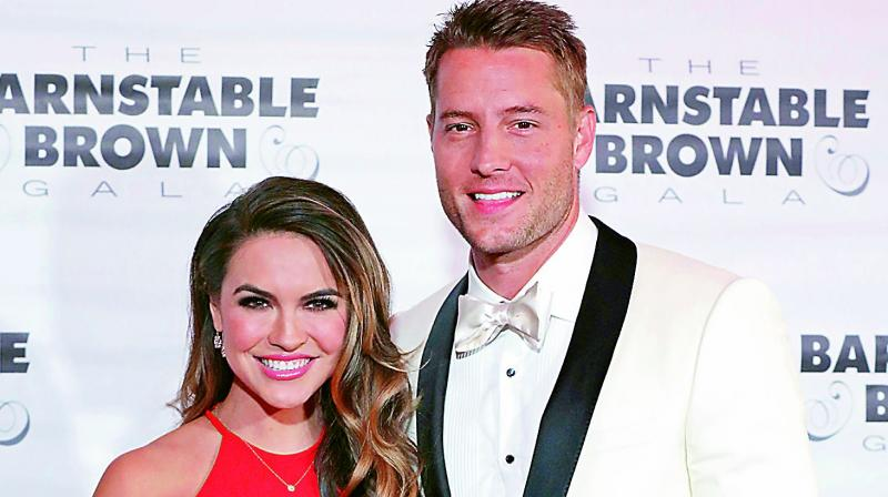 Justin Hartley And Chrishell Stause Are Married