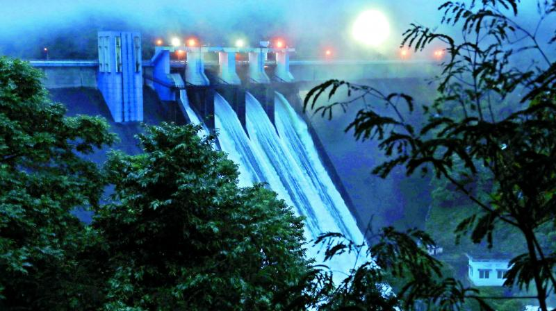 Water gushing out of Idamalayar Dam at Idduki in Kerala as shutters of the dam opened at 5 on Thursday early morning, with the storage level crossing 169 metres, the full reservoir level. (Photo:ARUN CHANDRABOSE, PTI)