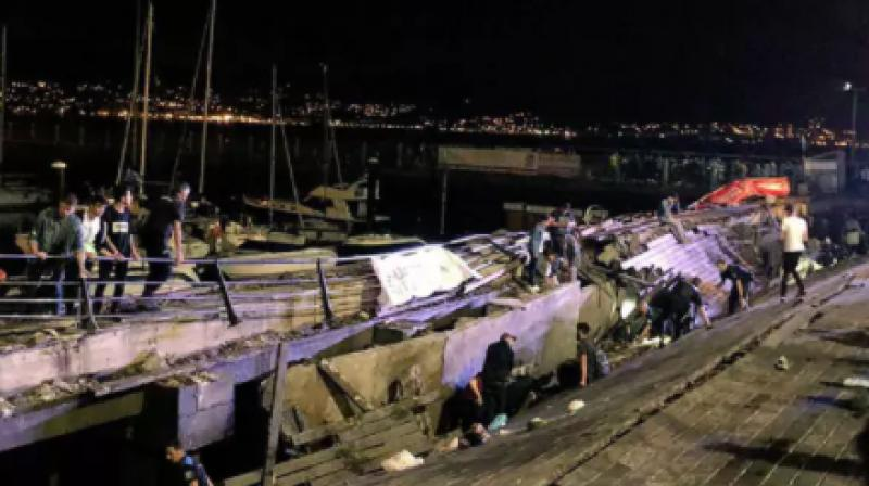 Vigo's mayor Abel Caballero said the platform that collapsed just before midnight was 30 metres long and 10 metres wide. (Photo: Twitter   Miguel_Fidalgo)