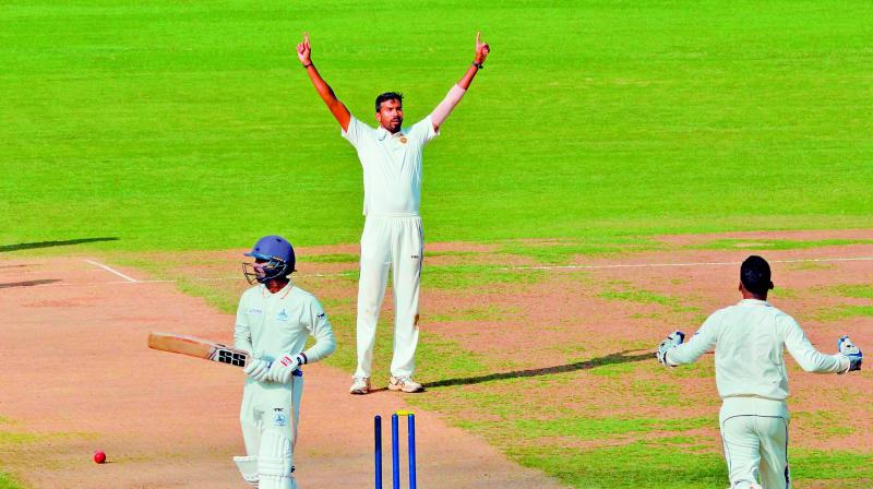 Sandeep Warrier of Kerala celebrates the wicket of  B. Indrajith of Tamil Nadu in a Ranji trophy match in Chennai on Thursday.(Photo: E. K. Sanjay)