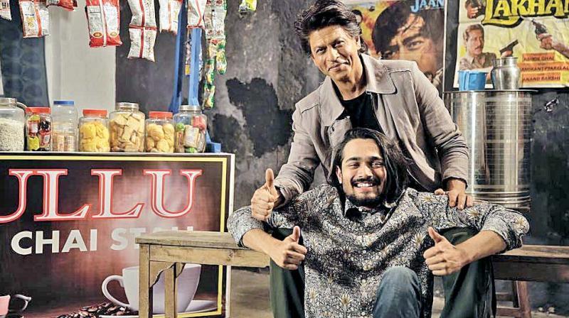 Bhuvan Bam with Shah Rukh Khan.