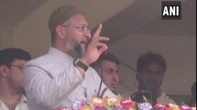 Owaisi also hit out at Union Minister Maneka Gandhi over her remark on Muslims asserting that the 'Sabka Saath, Sabka Vikas' slogan of BJP is a lie. (Photo: ANI)