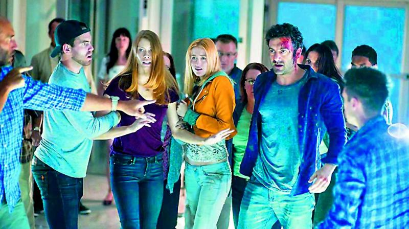 Netflix's The Mist should definitely be on your must-see list if you like all things gory, supernatural and featuring monsters!