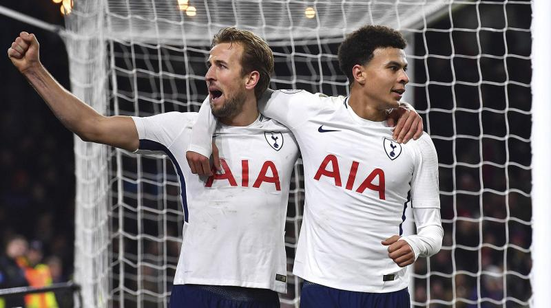 Son at the forefront as Spurs thrash Everton
