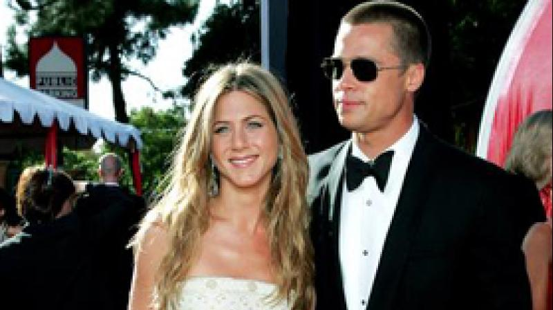 Brad Pitt, Aniston 'love they trust each other'