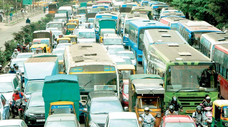 The BMTC now appears to be left with no choice but to experiment with changing the timings of its services to help it deal with the present traffic on the roads.