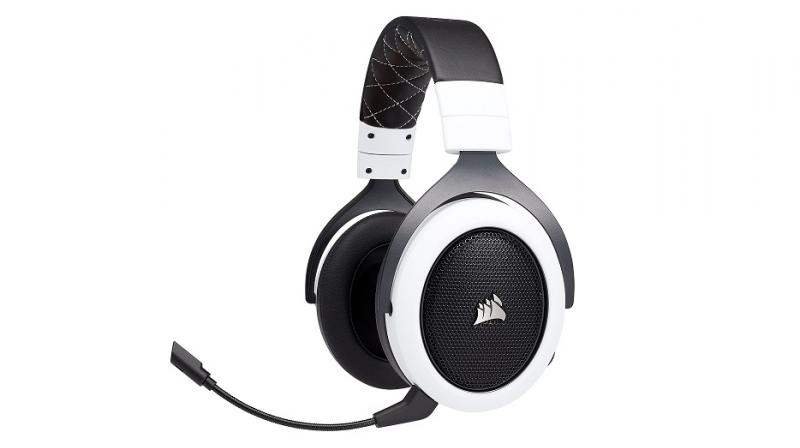 The HS70 comes with foam ear pads and adjustable padded headband with a metal build.