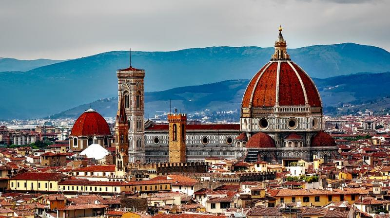 Florence bans eating in streets. (Photo: Pixabay)
