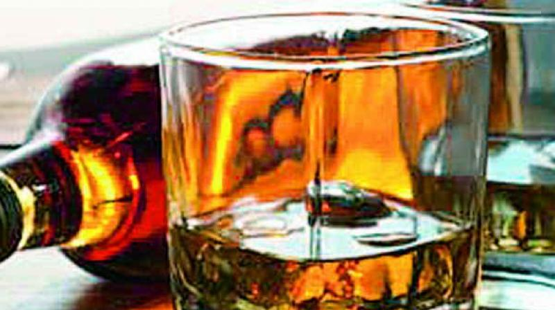 Upset over father's alcoholism, teen kills self in TN