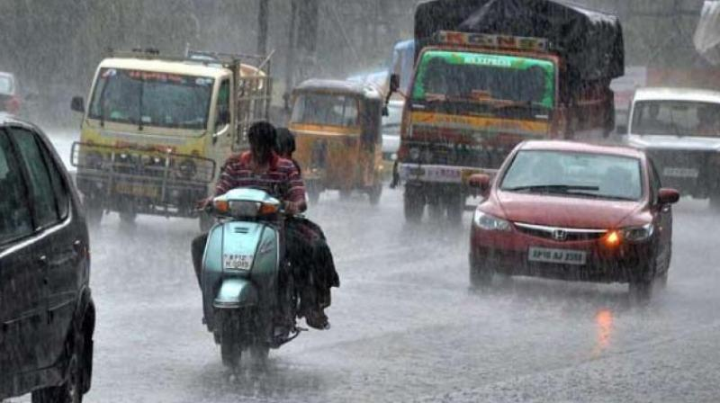 Heavy rainfall is likely at isolated places in north interior Karnataka, Tamil Nadu, Puducherry and Karaikal, Telangana and Madhya Maharashtra on Sunday, the India Meteorological Department (IMD) said. (Representational Image)
