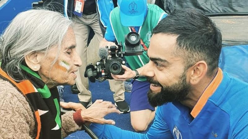Charulata Patel with Virat Kohli. (Photo: Virat Kohli/Twitter)