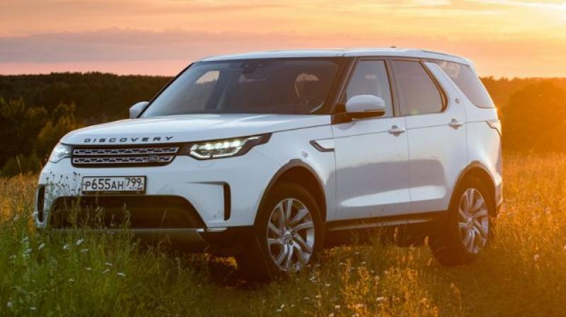 Land Rover continues to update the engine options across various models in its lineup and now it's the turn of the Discovery.