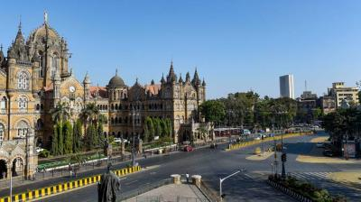 A deserted view of CST road due to the coronavirus pandemic, in Mumbai (PTI)