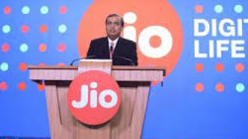 Reliance Jio offers smart apps on its feature phone, here's how