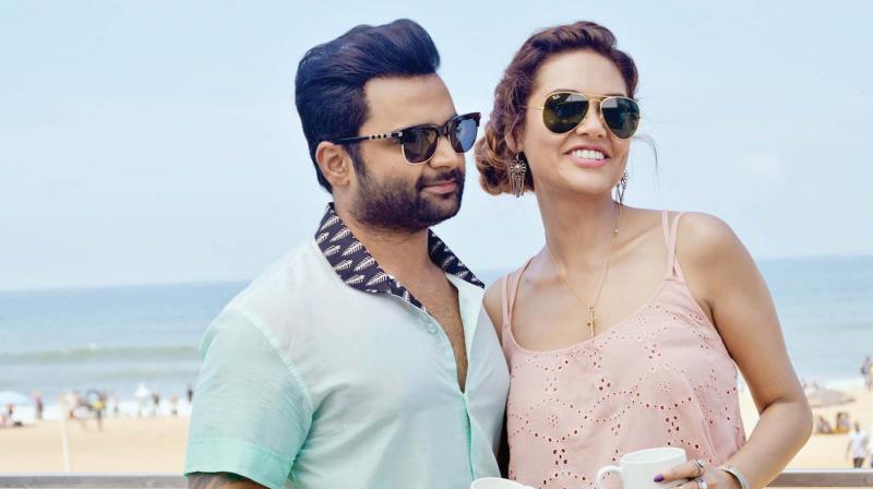Sachiin Joshi and Esha Gupta