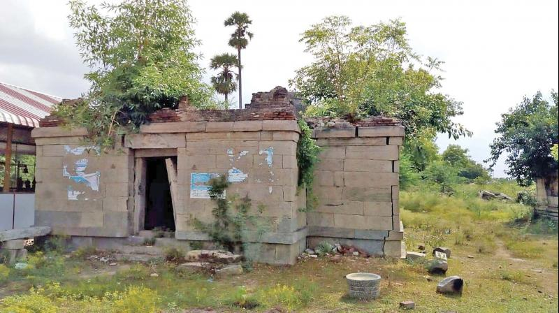 Avudiyar temple in Namakkal district in dilapidated condition, awaits authorities to provide funds for renovation.