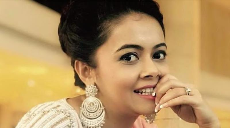 Police detain Devoleena Bhattacharjee in murder case