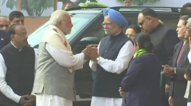 Congress releases Manmohan Singh video seeking apology from Modi