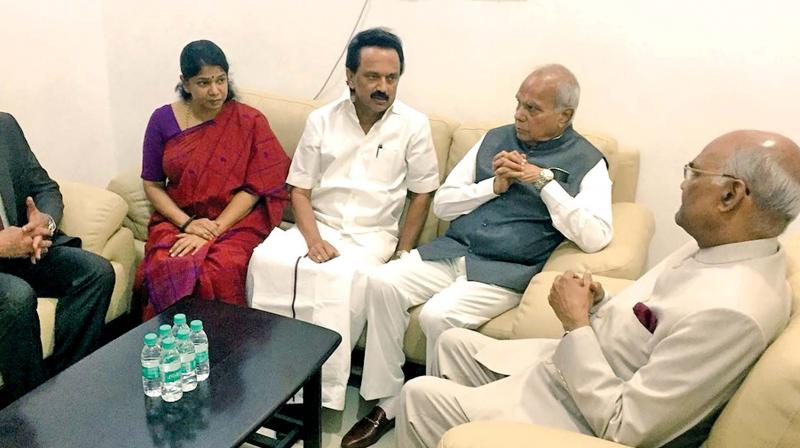 President meets DMK Chief at Kauvery Hospital