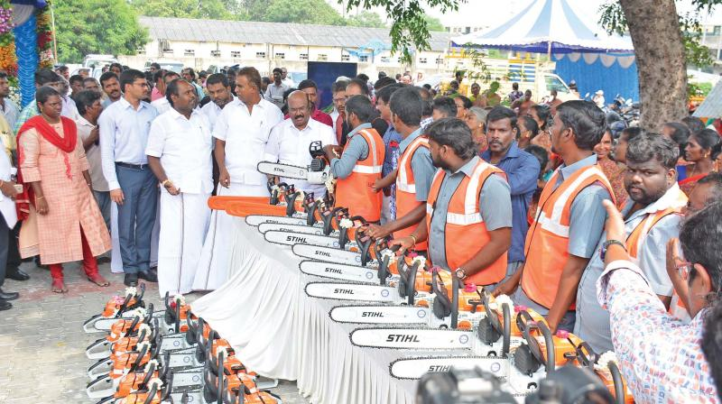 TN minsters inspect equipment including electric saw, suction machine ahead of Cyclone Gaja. Image: DC