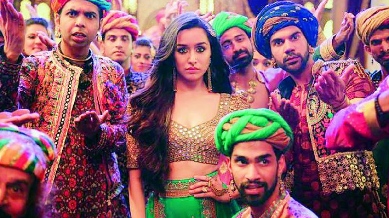 Raj Kummar Rao and Shraddha Kapoor in a song still from Stree.