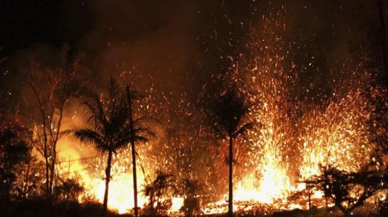 23 hurt as lava crashes into Hawaii tour boat
