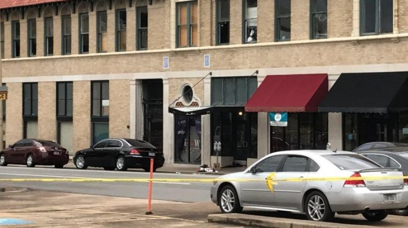 The entrance of an Arkansas nightclub where police are investigating a shooting is cordoned off with police tape Saturday. (Photo: AP)
