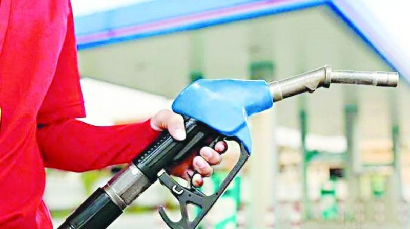 The steady decrease in fuel prices in the last one week is a result of a constant reduction in global crude oil. In days to come, the prices are likely to drop by a rupee, say retailers in the state.