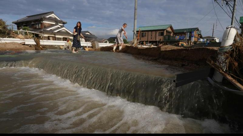 Flood make it dangerous to live in some cities of Japan. (Photo: AFP)