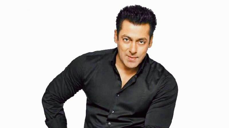 Salman Khan urges fans to 'enjoy' Tiger Zinda Hai