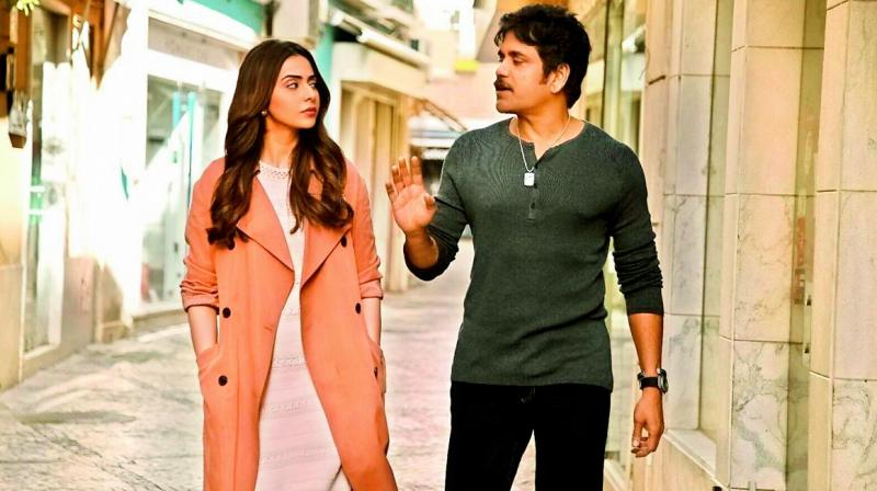 Rakul Preet Singh and Nagarjuna in Manmadhudu 2