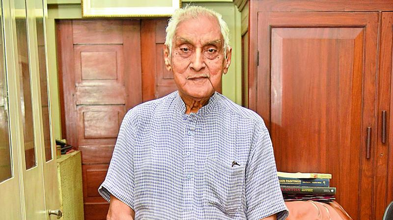 One of the most respected stalwarts from the city, a hard core art aficionado Padma Shri Jagdish Mittal has authored a book about  Deccani paintings which will soon be released.