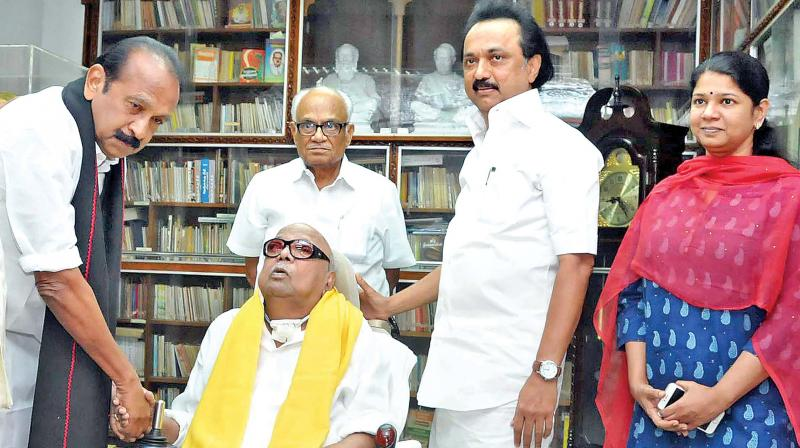 Vaiko visits Karunanidhi, breaks ice with MK Stalin