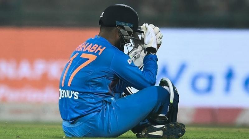 During the first T20I against Bangladesh, young wicket-keeper Rishabh Pant failed to make a good impress yet again. The 22-year-old cricketer failed to do justice with the bat and gloves, and that too in the absence of India's veteran wicket-keeper batsman Mahendra Singh Dhoni. (Photo:AFP)