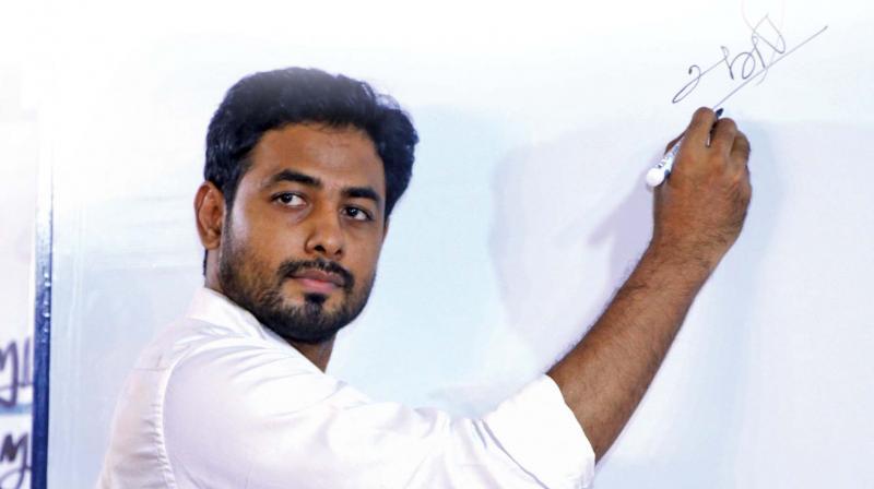 Actor Aari