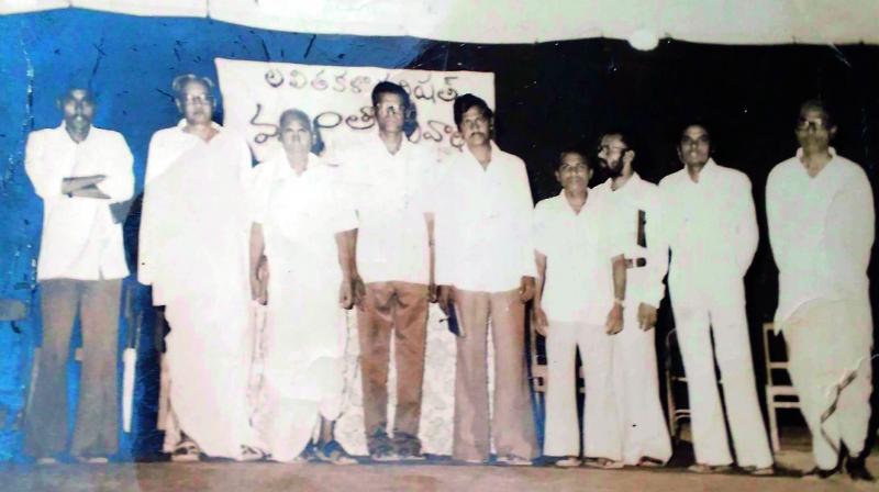 Pydimarri Venkata Subba Rao with a friend from Pakistan (left) and at a kavi sammelan organised by Lalitha Kala Parishad at Nalgonda Townhall on April 3, 1981.