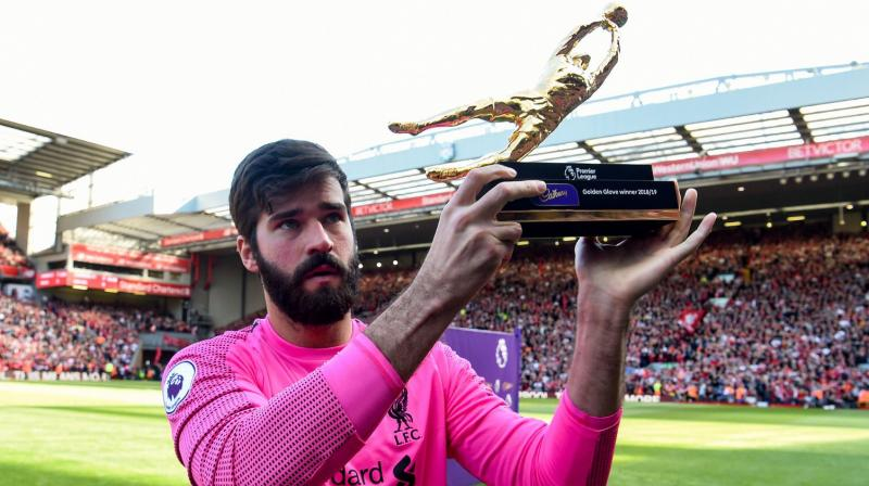 Liverpool paid a record $85 million fee for a goalkeeper to sign Alisson from Roma at the end of last season after predecessor Loris Karius made several costly mistakes in last year's final. (Photo: Alisson Becker/Twitter)