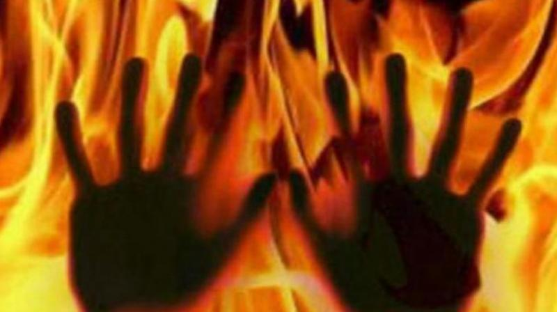 Uttar Pradesh: 18-year-old girl burnt alive outside her village