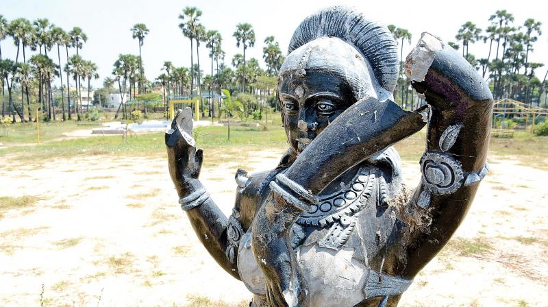 Established in 1980 by the state horticulture department, this farm at Madhavaram is in shambles awaiting restoration. The granite statue inside the Ornamental park speaks about the neglect. The horticulture department park in Madhavaram was closed five years back and is still a catchment area that supports water logging benefiting the ground water table. (Photo: DC)