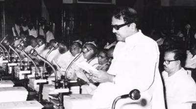 Muthuvel Karunanidhi, the artist (Kalaignar) among politicians, was born in 1924 the village in Nagapattinam district. From a young age, Karunanidhi was interested in the arts, and in its pursuit. As a fine and witty orator, it was soon politics for him, where he left his mark as a champion of Dravidian ideals for over 50 years. (Photo: YouTube screengrab)