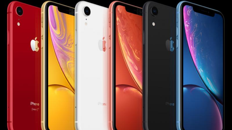 Available in 64GB 128GB and 256GB the iPhone XR features a 6.1-inch Liquid Retina IPS LCD display a 12MP rear camera 7MP front camera with Face ID and powered by an A12 Bionic Soc