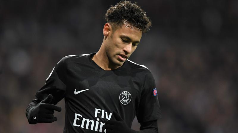 """Paris Saint-Germain revealed on Saturday that Neymar transfer talks are """"more advanced than before"""" after the Brazilian was dropped for the French champions' opening Ligue 1 match with Nimes. (Photo: AFP)"""