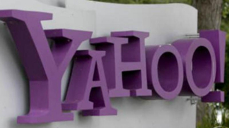 Yahoo experiences outage across its services, several users
